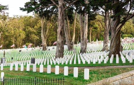 Gravestones on usa national cemetery
