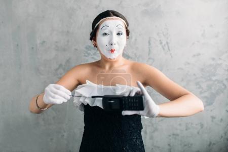 pantomime theater actress