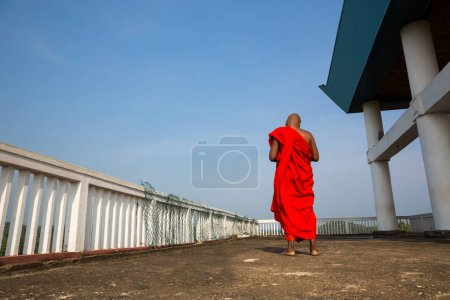 Photo for Buddhist monk in old buddha temple. Ceylon, Unesco heritage. Asia culture, buddhism religion - Royalty Free Image
