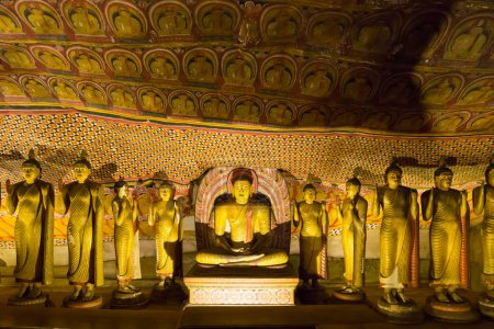 statues in buddha temple