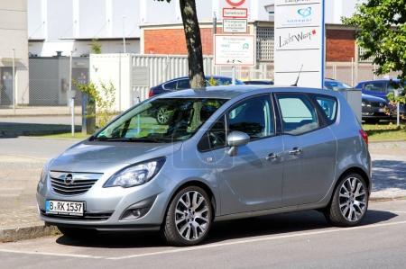 Car Opel Meriva