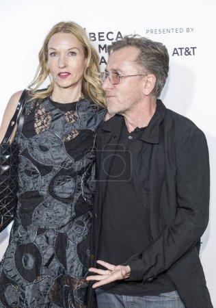 Nikki Butler and Tim Roth