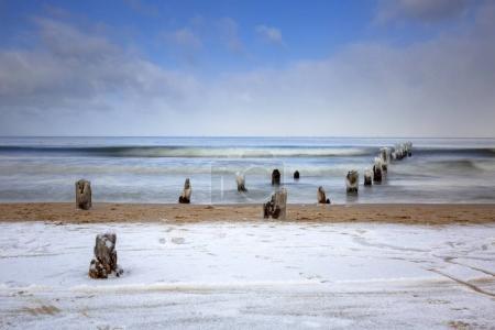 Winterlandschaft der Ostsee in Danzig, Polen