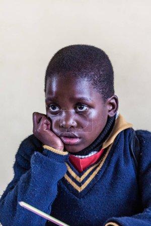 """Photo pour Enfants swazis non identifiés le 29 juillet 2008 à l """"école missionnaire Nazaréenne de Piggs Peak, Swaziland - image libre de droit"""