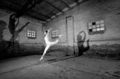Mladé tanečnice, tanec a cvičení