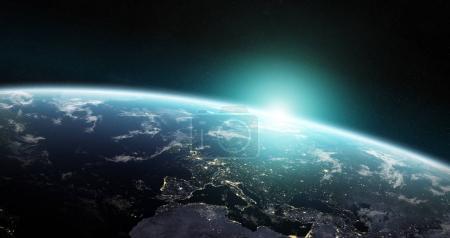 Photo pour Vue de la planète bleue Terre dans l'espace avec son atmosphère Europe continent 3D rendant des éléments de cette image fournie par la NASA - image libre de droit