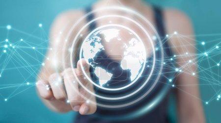 Photo pour Femme d'affaires sur fond flou en utilisant l'interface planète Terre réseau sphère rendu 3D - image libre de droit