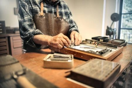 Artisan at work in a laboratory