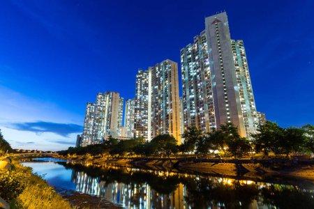 Photo pour Hong kong ville la nuit - image libre de droit