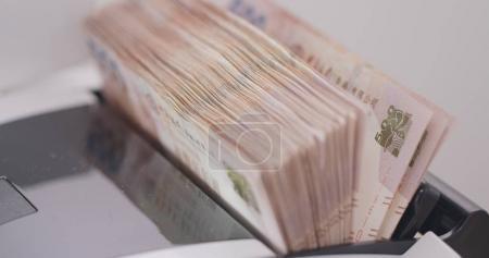 Cash money counting for Hong Kong banknotes