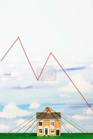 Photo pour Propriété marché Crash financier graphique - image libre de droit