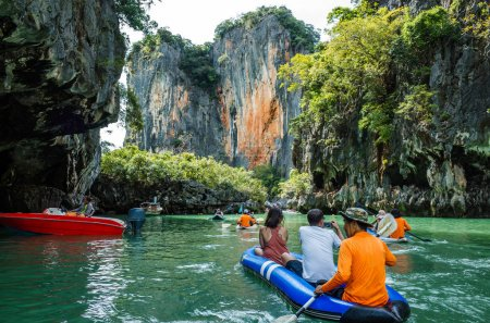 Hiking kayaking the caves of Phang nga Bay, Phuket