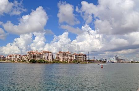 Luxury Island Condos and the Port of Miami