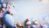 """Постер, картина, фотообои """"art Easter background with Easter eggs and spring flowers. """""""
