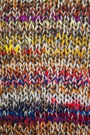 Knitwear of colored yarn