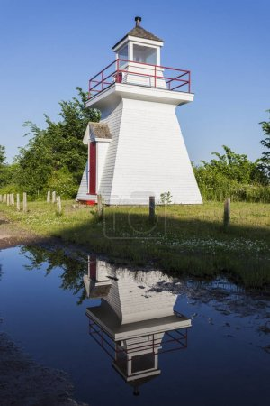Borden Wharf Lighthouse in the Bay of Fundy