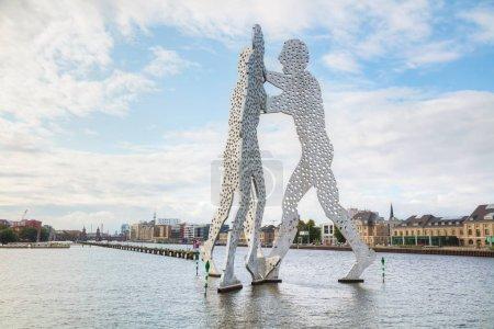 Molecul Man sculpture in Berlin