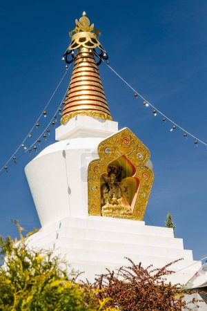 buddhist stupa in Memorial Park