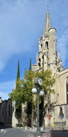 Photo pour Avignon, France - 01 octobre 2017 : Eglise Saint Pierre au centre d'Avignon, Provence France . - image libre de droit