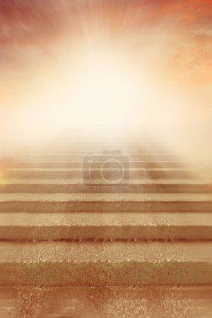Foto de Escalera a la luz brillante - Imagen libre de derechos