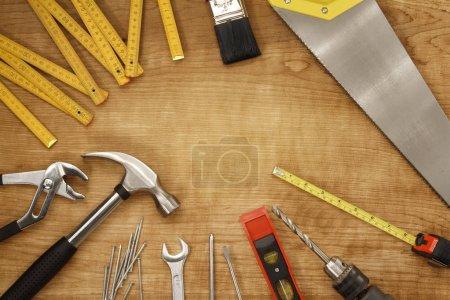 różnorodnych narzędzi