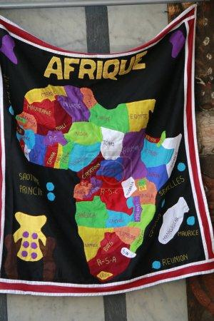 Photo pour Drapeau du continent d'Afrique sur la plaque-étiquette textile - image libre de droit