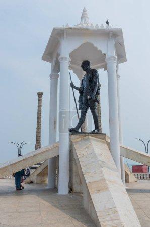 Gandhi statue at Promenade beach