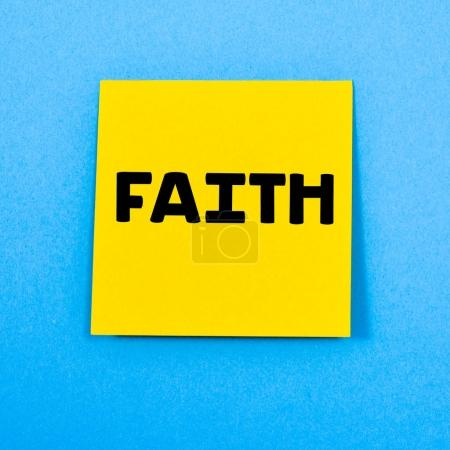 sticky note with text faith