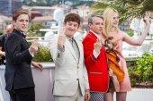Photocall de «Comment parler aux filles dans les soirées» à Cannes