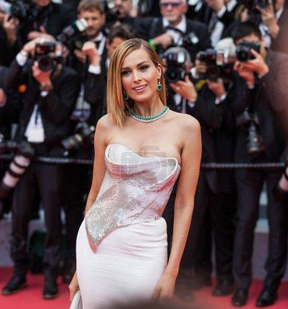 """Photo pour CANNES, FRANCE - 10 MAI 2018 : Petra Nemcova à la projection de """"Sorry Angel (Plaire, Aimer Et Courir Vite)"""" lors de la 71e édition annuelle du Festival de Cannes - image libre de droit"""