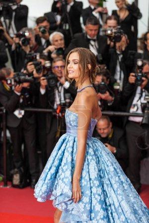 """Photo pour CANNES, FRANCE - 10 MAI 2018 : Josephine Skriver assiste à la projection de """"Sorry Angel (Plaire, Aimer Et Courir Vite)"""" lors de la 71e édition annuelle du Festival de Cannes - image libre de droit"""