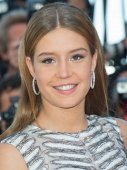 Adele Exarchopoulos  attends the 'It's Only The End Of The World'  premiere