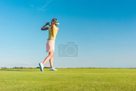 Professional female golf player