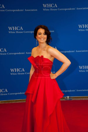 Bellamy Young poses on the red carpet at the White...