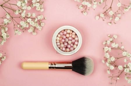 Pearl make up powder and brush for powder