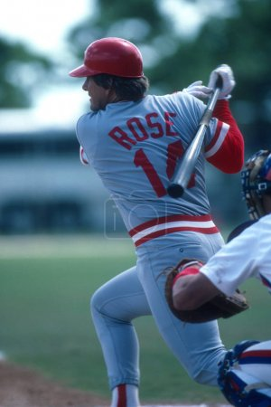 Pete Rose At Bat for the Cincinnati Reds.