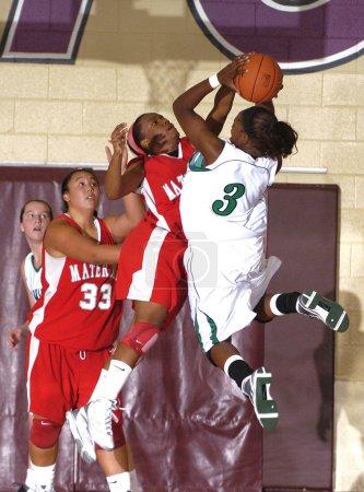 Хай девочек школу игры в баскетбол