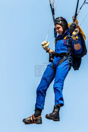 Parachutist of PAPEA on airshow