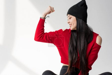 asian woman gesturing
