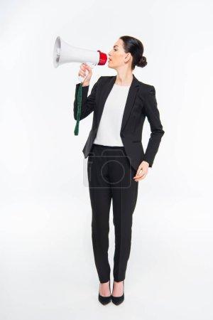 Photo pour Professionnel jeune femme d'affaires tenant mégaphone et parlant isolé sur blanc - image libre de droit