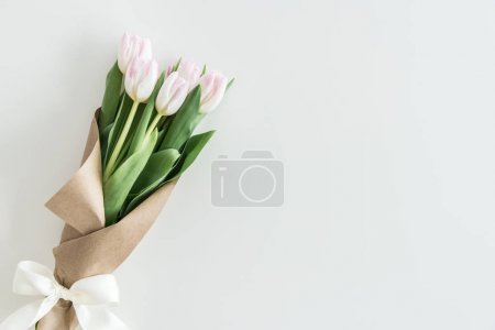 light pink tulips bouquet