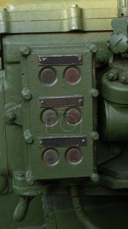 Antiguo lanzacohetes militar soviético lanzamiento panel de control
