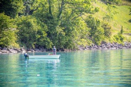 Photo pour Le célèbre lac Brienz dans les Alpes bernoises de Suisse - image libre de droit