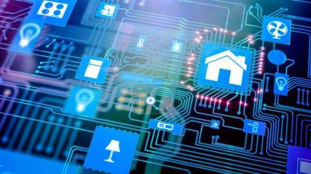 Photo pour Maison futée: icône d'automatisation maison Smarthome sur carte mère, le concept de télésurveillance du future technologie. - image libre de droit