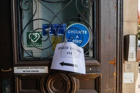 Bureaux de vote voting section in France