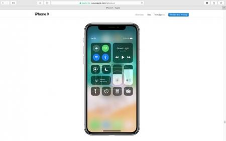 Apple website showcasing iPhone X 10
