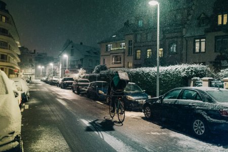 Deliveroo food delivery in winter