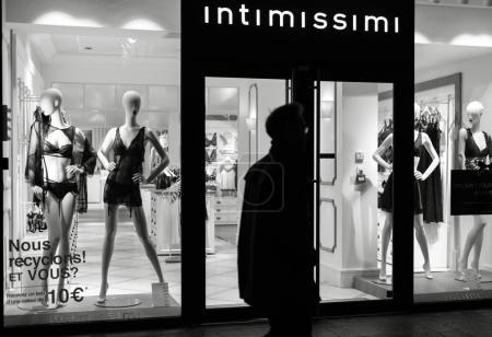 Intimissimi Lingeria brand showcase at night