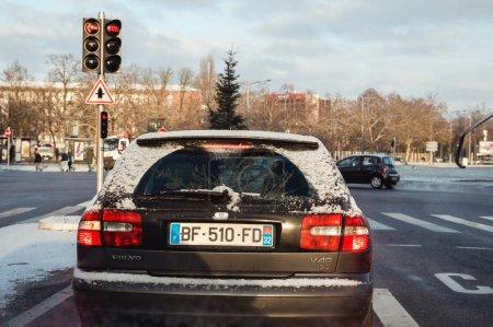 Transporting a fir tree in car trunk Volvo v40 diesel car