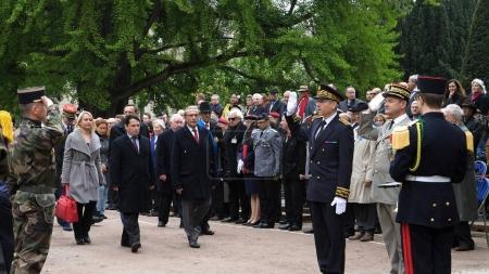 Ceremony to mark Western allies World War Two victory Armistice